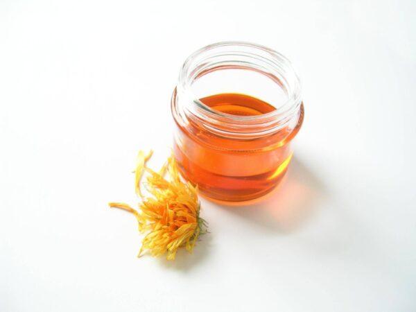 huile de calendule et fleur